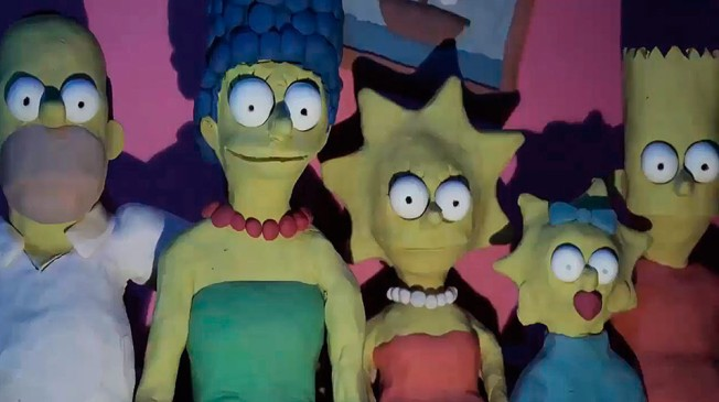 2015playdoh_simpsons_screen_181215-hero